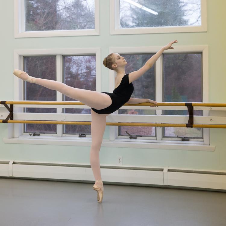Anna Tworzyanski, Ballet Chicago