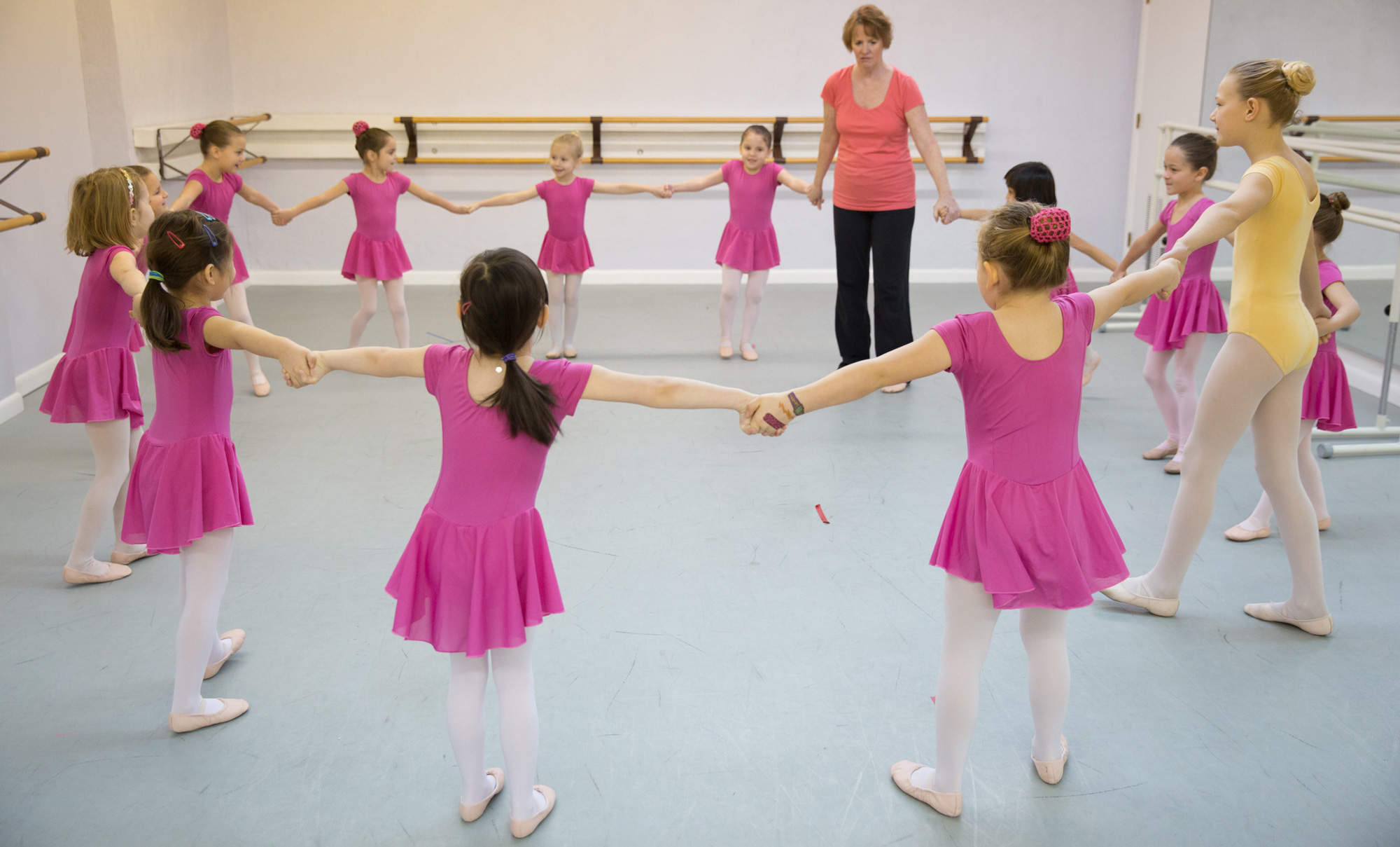 Free Trial Classes in January at Eastern Connecticut Ballet