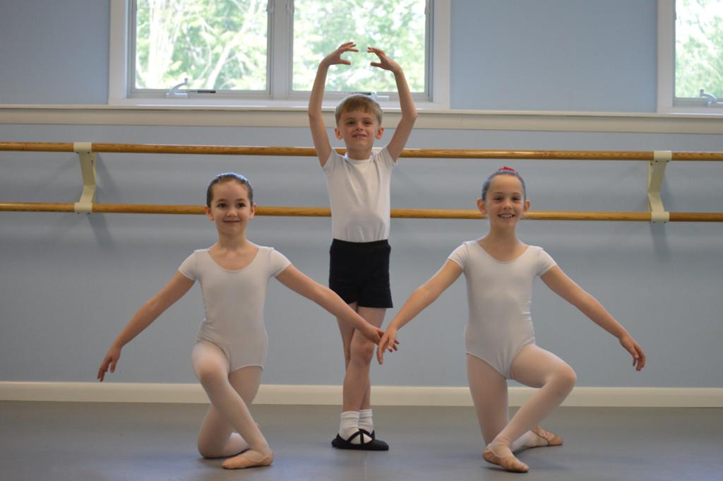Petite Dancers - Eastern CT Ballet